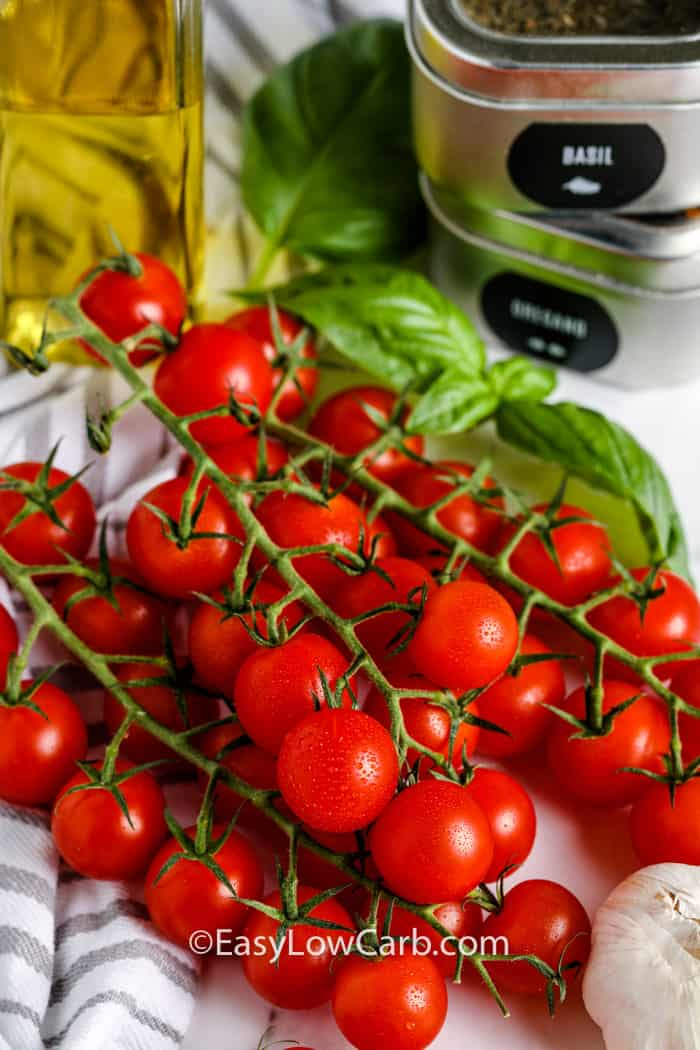ingredients with oil to make Tomato Salad