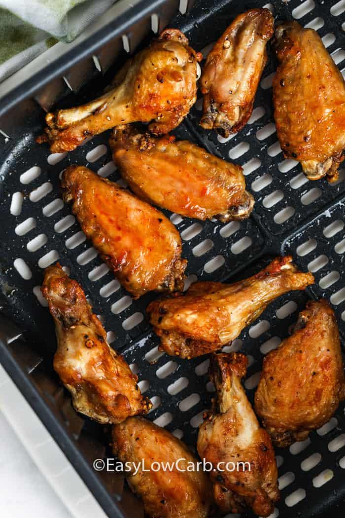 cooked Air Fryer Crispy Chicken Wings in the air fryer