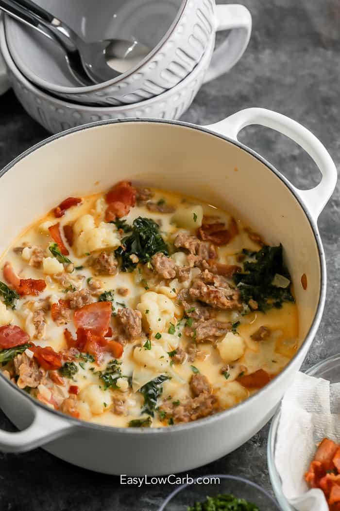 zuppa toscana in a white pot